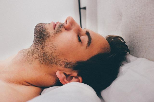 dormir mejor hombre