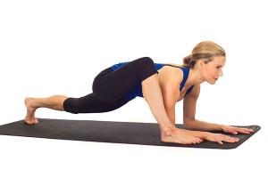 posturas de yoga que te ayudarán a aumentar tu energía lagartija