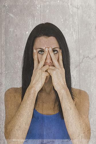 yoga facial en casa para rejuvenecer el rostro v 2