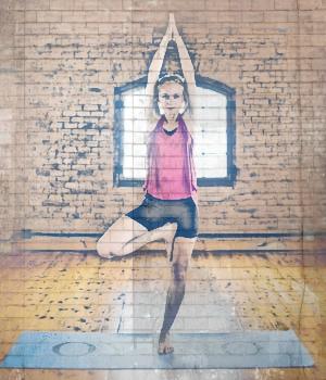 pies en las posturas de yoga arbol