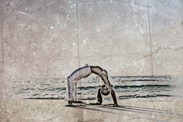 posturas avanzadas de yoga rueda