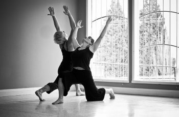 proteger en las posturas de yoga head bn