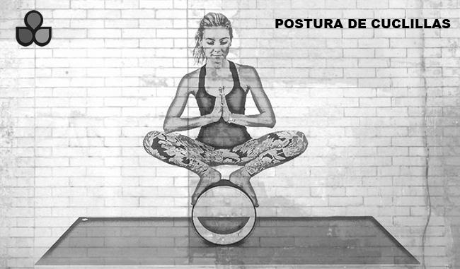 maneras de usar una rueda de yoga 8
